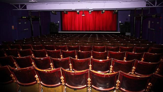 Stage performances at Century Theatre, Coalville
