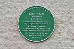 Green Plaque Sunloch