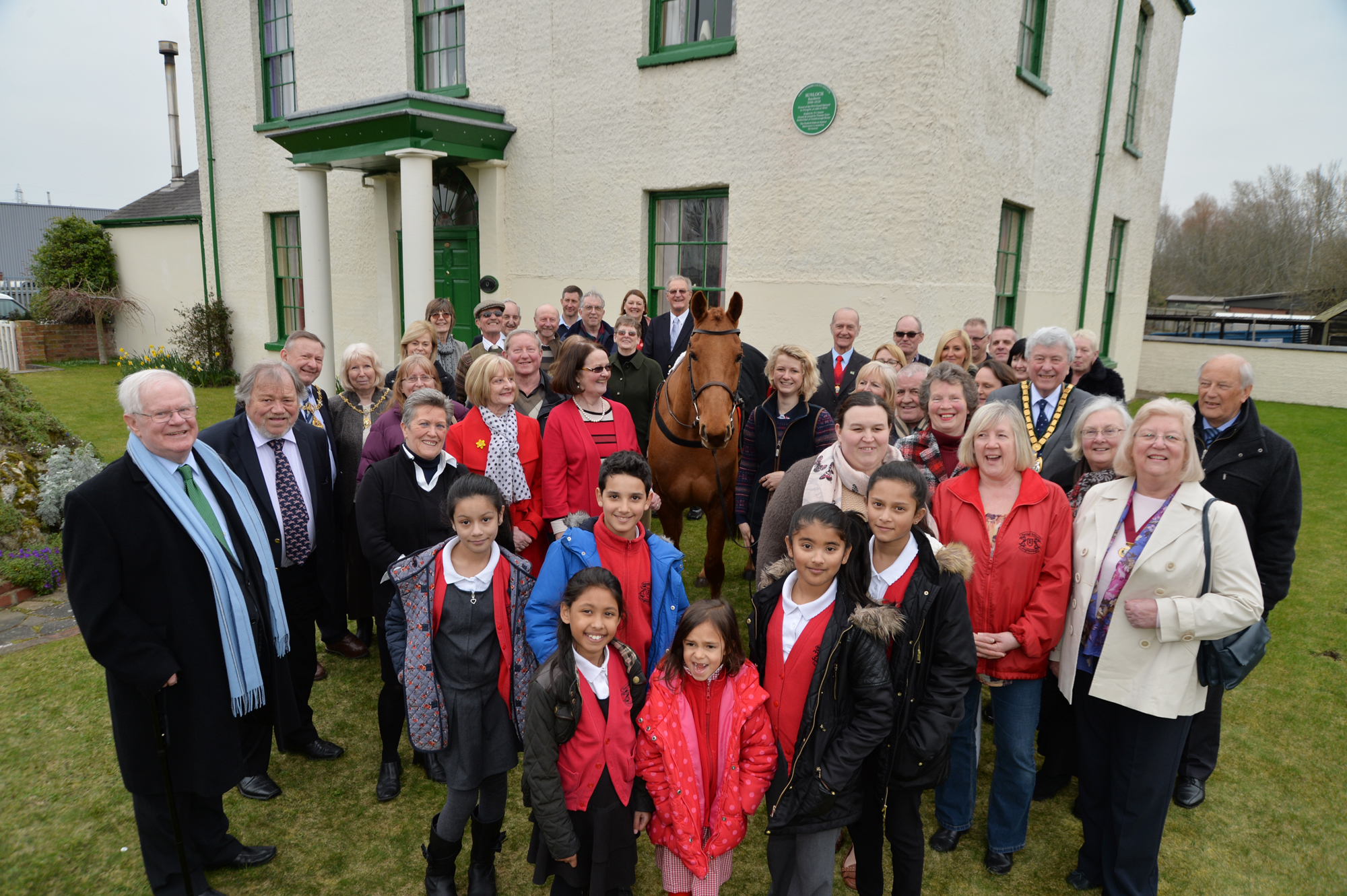 Unveiling Grand National winner's Green Plaque